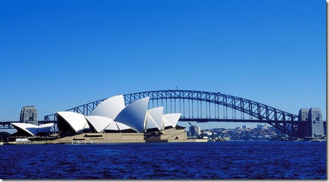 Sydney-Opera-House-at-Harbour-Bridge